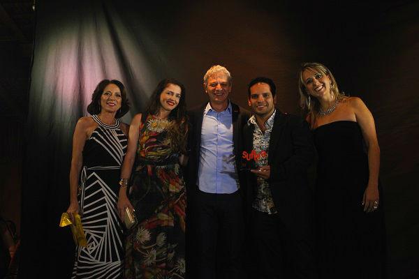 Denis Coutinho recebe prêmio na Convenção 2015