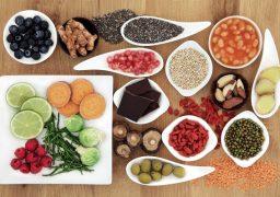 Superfoods são alimentos ricos em propriedades nutricionais que fortalecem a sua saúde física e mental