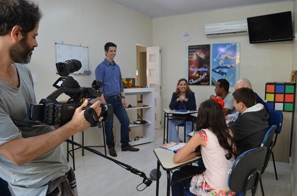 Gravação da matéria reuniu especialistas da Franquia de Escola e alunos
