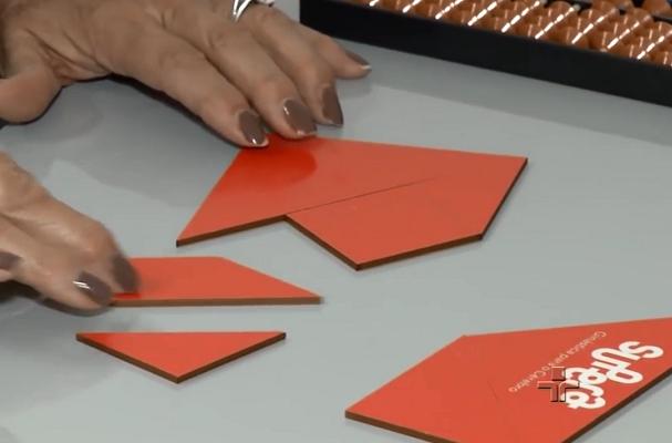 No curso da Franquia de Escola, os alunos trabalham com diversas ferramentas. O tangram é uma delas