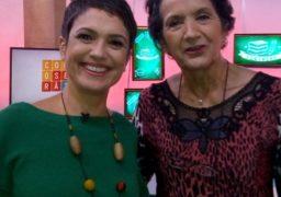 Célia Regina, aluna da Franquia de Sucesso da marca em Santo Amaro, em São Paulo, ao lado da apresentadora Sandra Annenberg