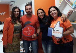 Douglas Ribeiro, gestor comercial SUPERA, em visita à unidade da marca em Cruz das Almas (BA)