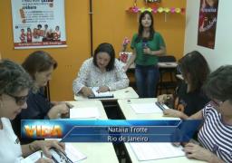 Na matéria da Rede Vida, a repórter acompanhou uma aula com os alunos da terceira idade na unidade SUPERA Botafogo