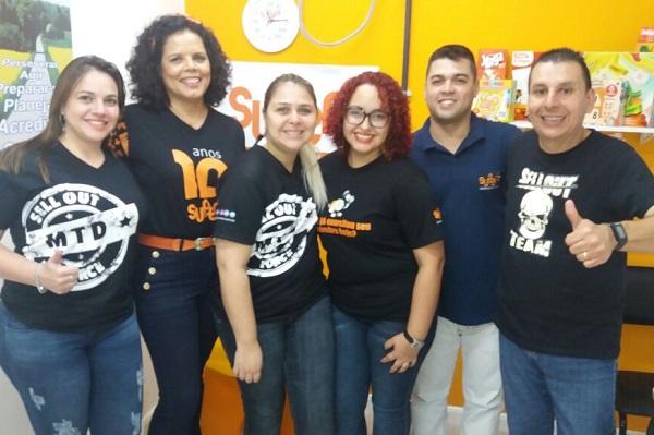 Os integrantes da equipe comercial do SUPERA franqueador visitam a equipe da unidade Botafogo, no Rio de Janeiro