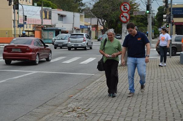 O franqueado Fábio de Castro viajou de Goiânia até São José dos Campos para conhecer melhor a prática comercial e já foi para a rua!